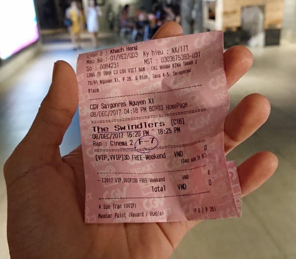 Vé xem phim Vòng Xoáy Lừa Đảo