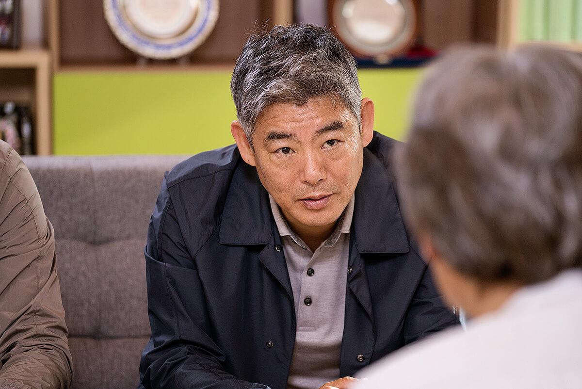 Noh Tae-soo (Song Dong-il) - phim Thám Tử Gà Mơ 2