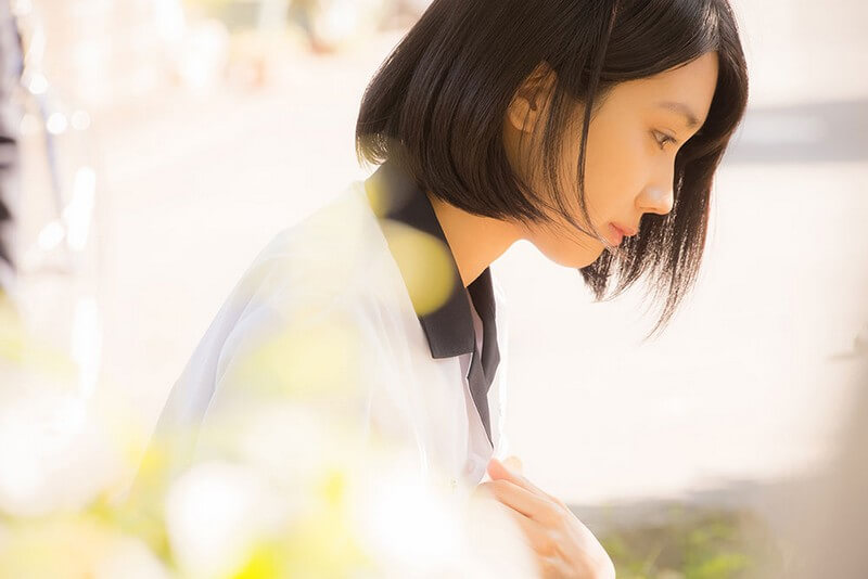 Vẻ đẹp thuần khiết của nữ chính trong phim Năm Tháng Ấy Tôi Từng Theo Đuổi Em