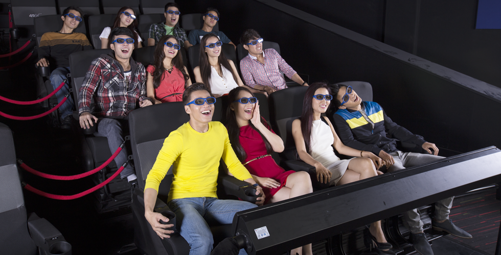 Khán giả trải nghiệm 4DX