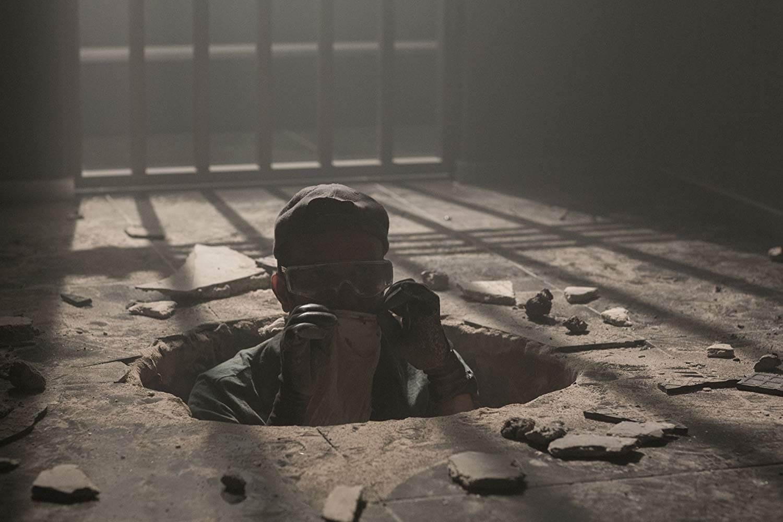Đường hầm đó dùng để thực hiện tội ác gì?