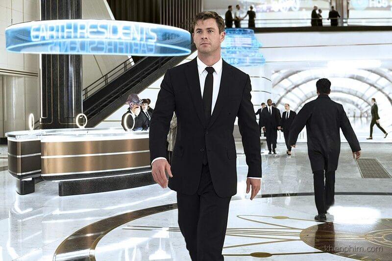 """Chris Hemsworth không thể """"kéo"""" nổi phim này"""