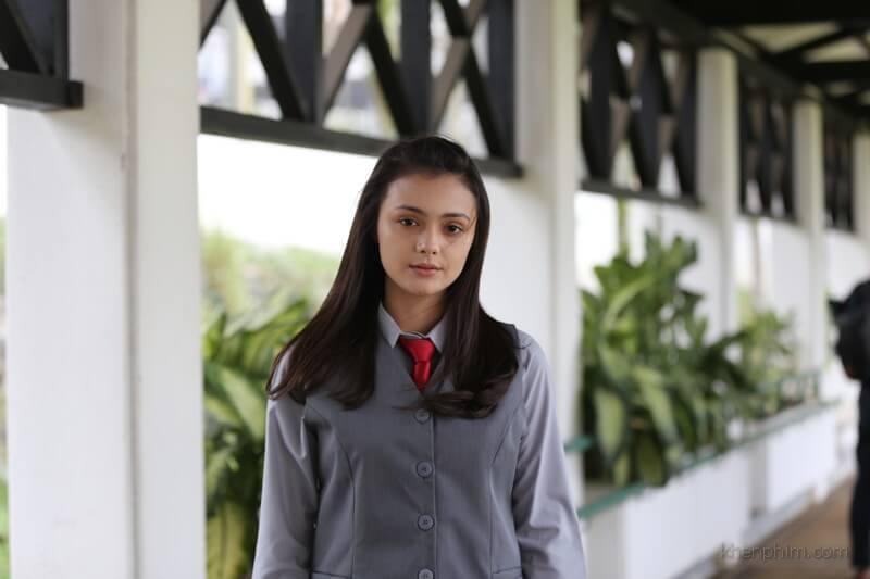 Mang hai dòng máu Úc - Indonesia, nữ diễn viên 18 tuổi Amanda Rawles có một vẻ đẹp hút hồn