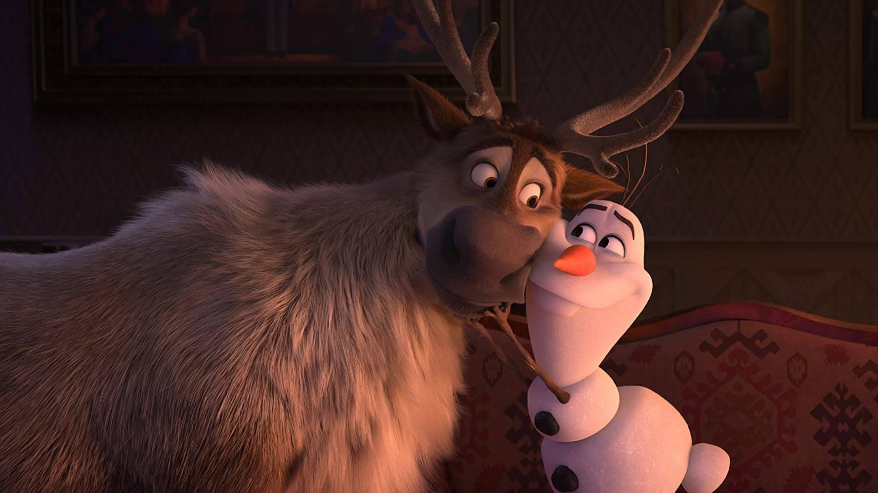 Sven và Olaf (bên phải) mang đến những tiếng cười sảng khoái cho khán giả - Frozen II