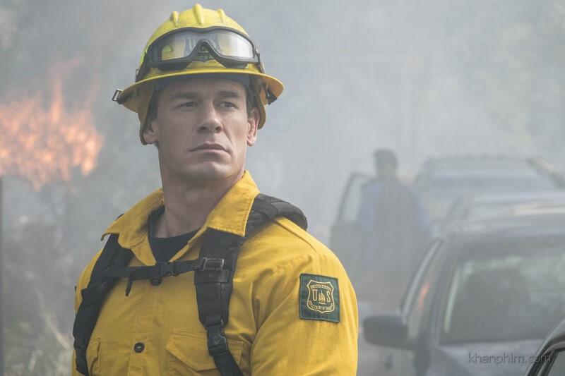 John Cena vào vai lính cứu hỏa