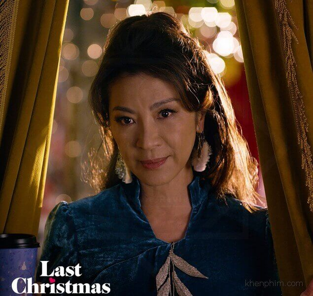 Chuyện tình của cô chủ tiệm cũng là điểm ấn tượng của phim Last Christmas