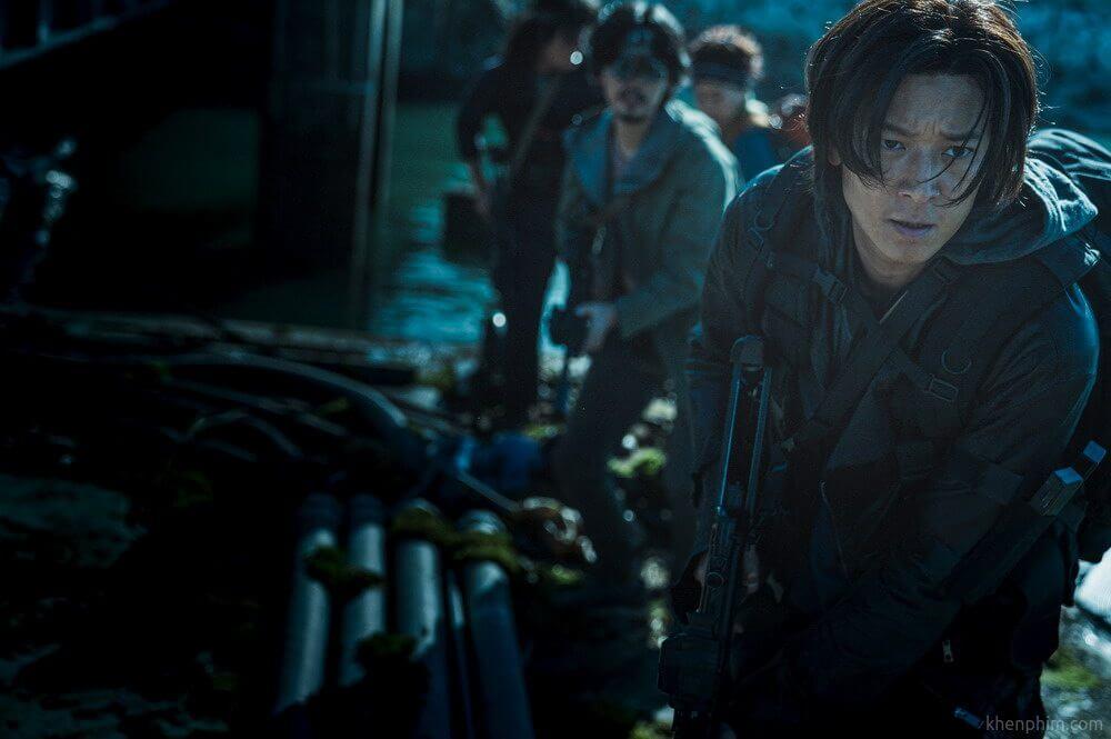 Nam diễn viên Gang-Dong-Won trong phim Bán Đảo