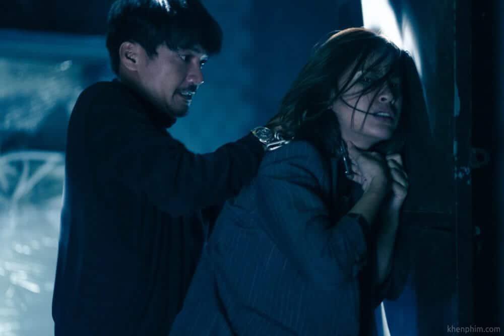 Nhà sản xuất cho hay, trong lúc quay Bằng Chứng Vô Hình, diễn viên toàn phải đánh nhau thật