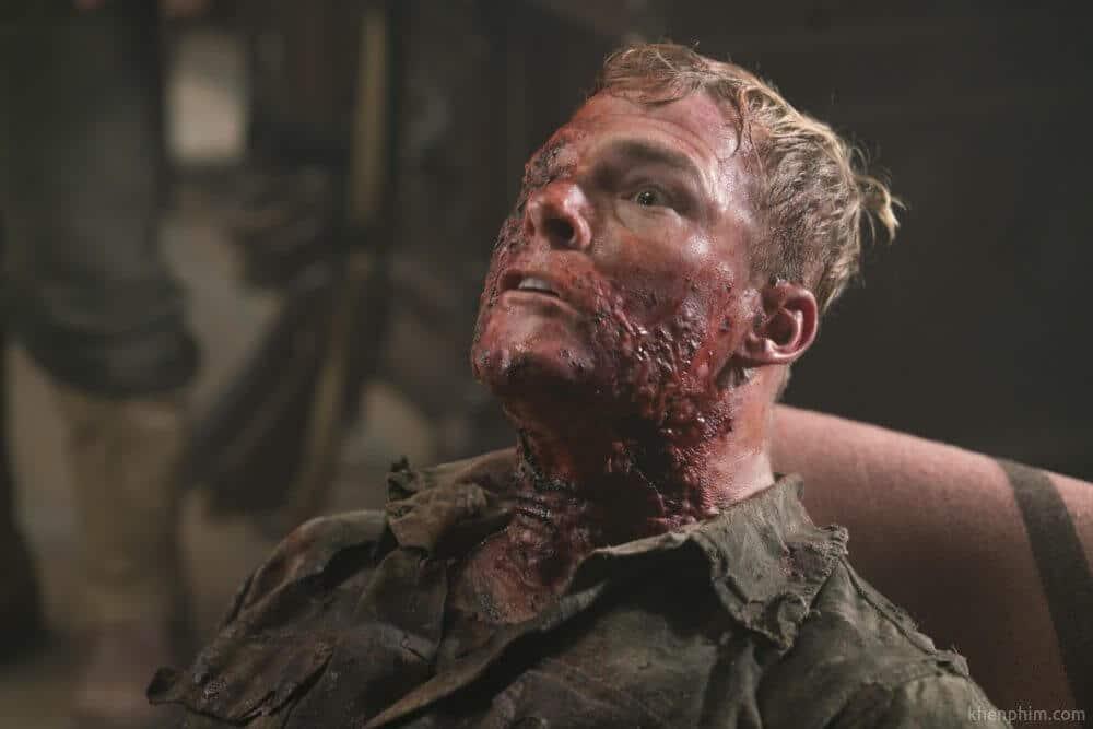 Ngoài các cảnh nhát ma, phim còn có nhiều cảnh máu mê ghê gớm