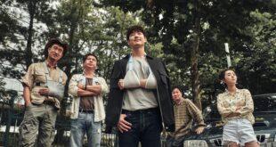 Banner bài review phim Kẻ Săn Mộ