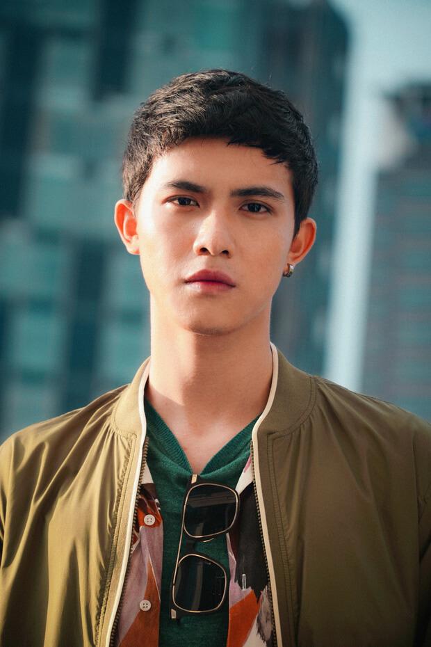 Nam diễn viên Trần Ngọc Vàng trong phim Người Cần Quên Phải Nhớ