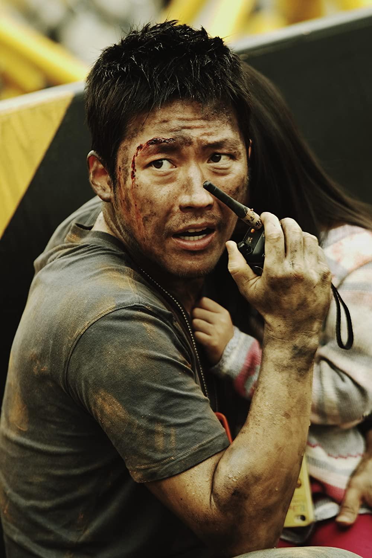 Nam diễn viên Jang-Hyuk vào vai lính cứu hỏa