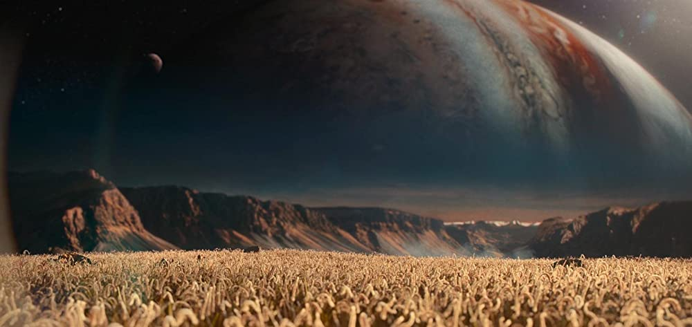 Khung cảnh trên một vệ tinh của sao Mộc - Nữ phi hành gia đang tính toán đường về Trái Đất - The Midnight Sky (Lấp Lánh Trời Đêm)