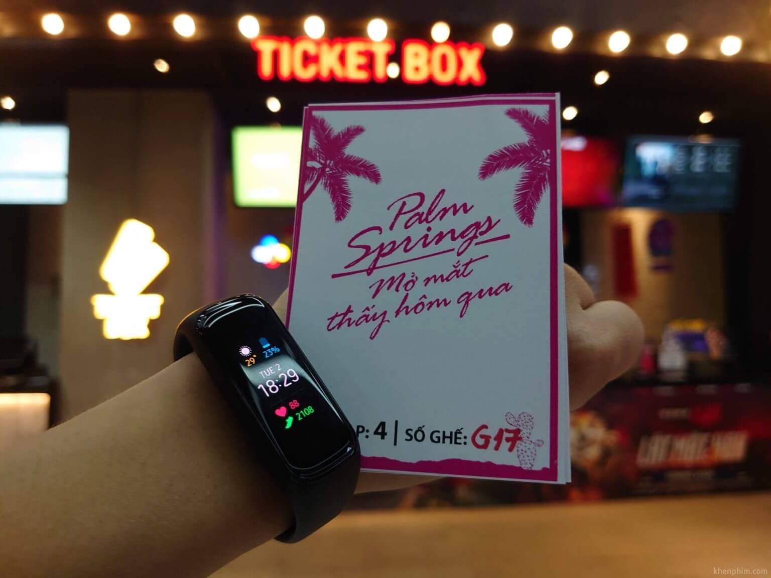 Vé xem phim Palm Springs (Mở Mắt Thấy Hôm Qua)