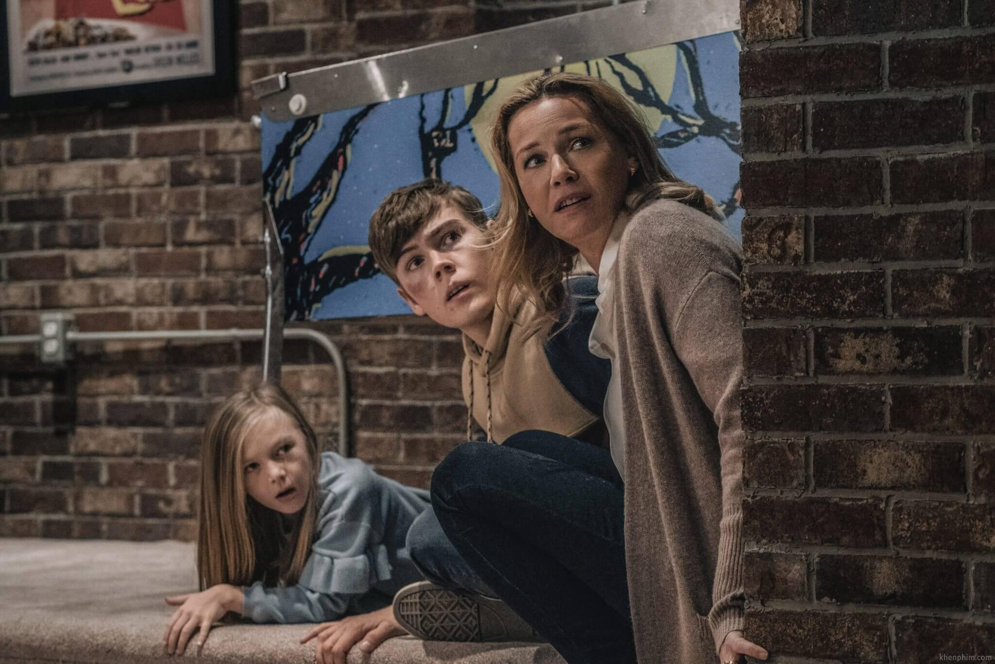 Gia đình của nhân vật Hutch - phim Nobody