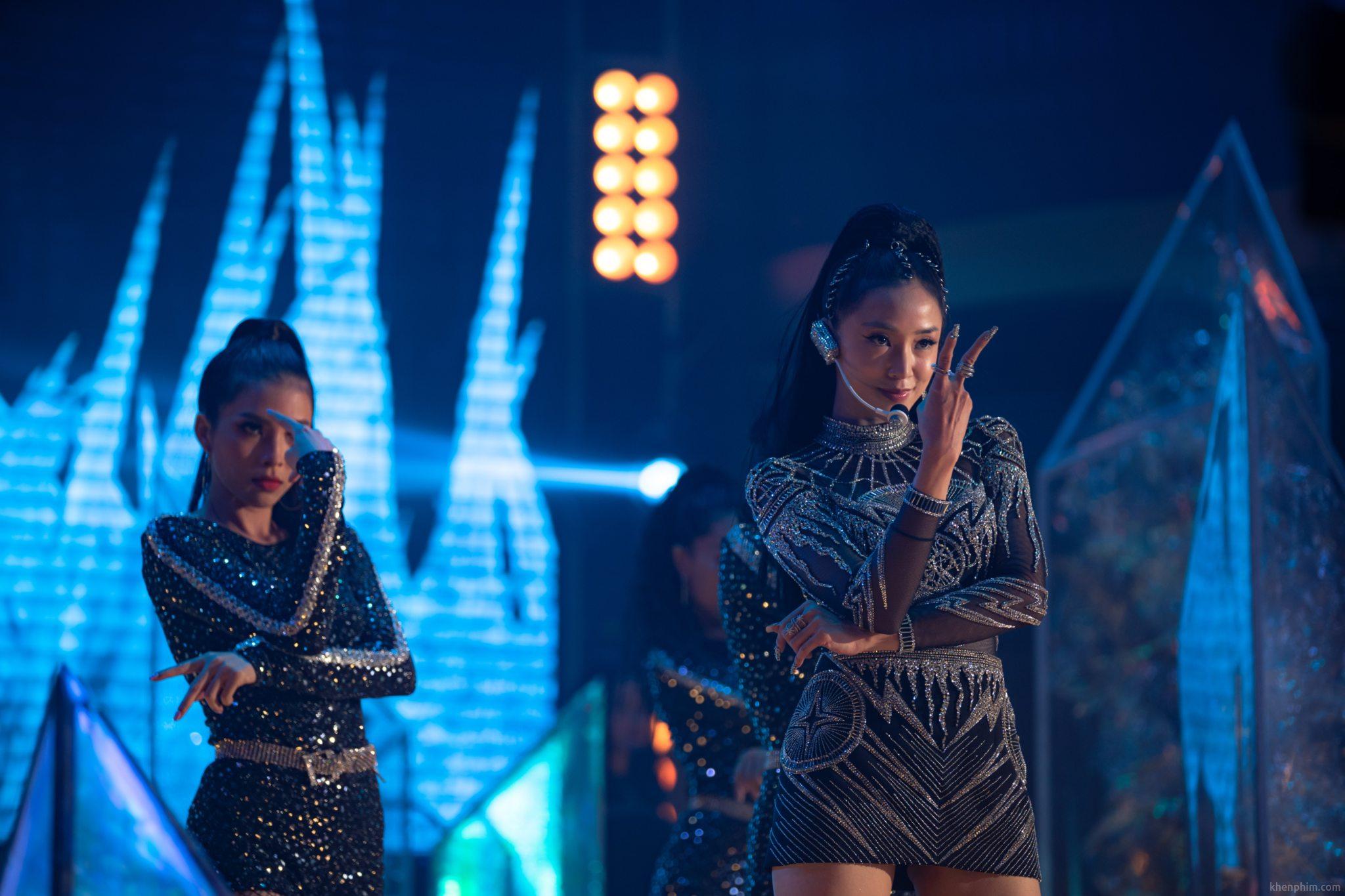 Salim vào vai ca sĩ Lam Phương trong phim Thiên Thần Hộ Mệnh